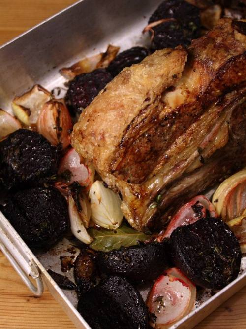 Roast forerib of beef with beetroot