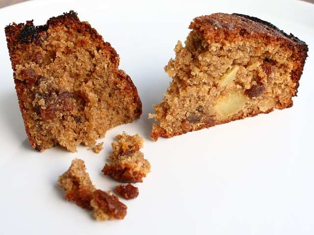 Nigel Slater's Wholemeal Apple and Orange Cake
