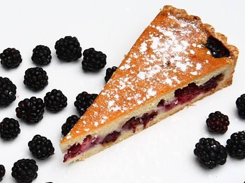 Blackberry torte