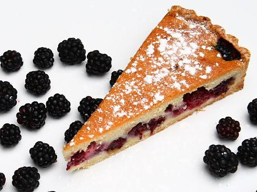 Blackberry torte