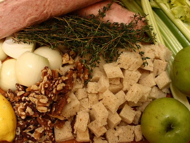 Delia Smith's Christmas American turkey stuffing