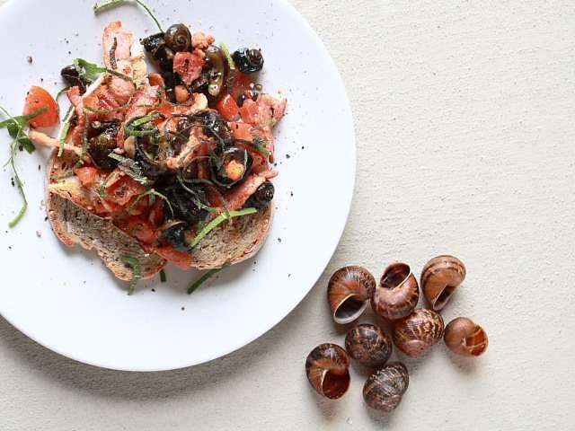 How to cook garden snails