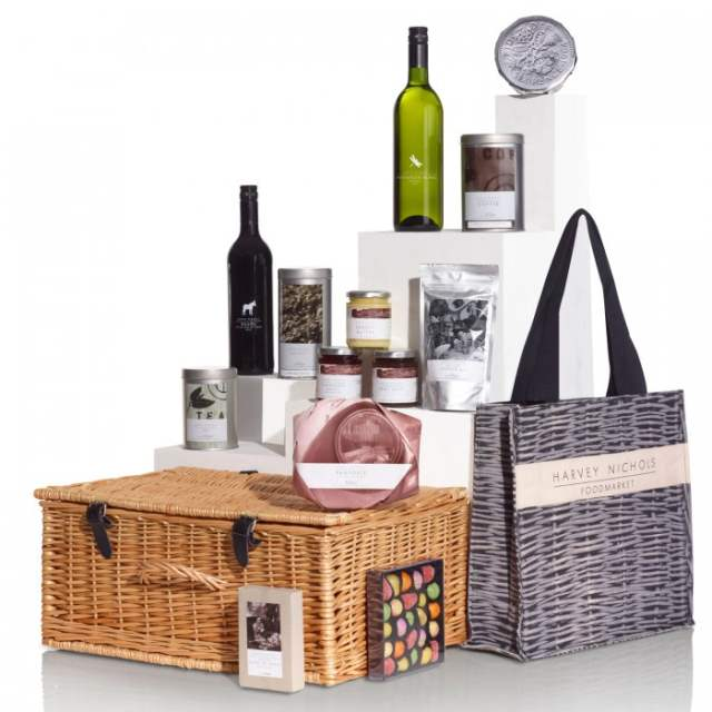 Win a Harvey Nichols Noel! Noel! Christmas hamper in an exclusive giveaway